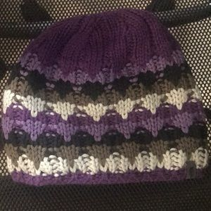 North face purple grey fleeced lined beanie hat